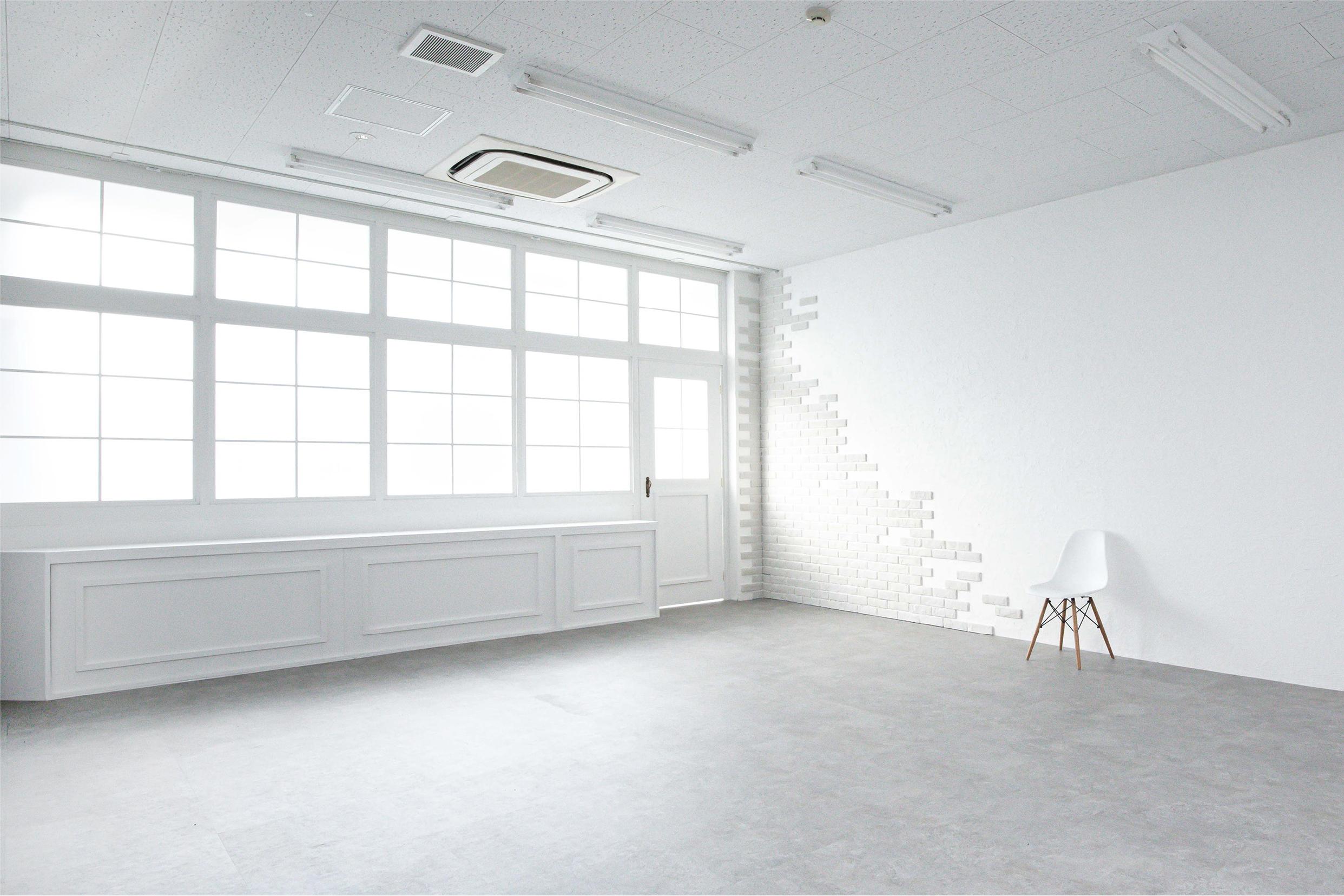 STUDIO TWOBEE interior